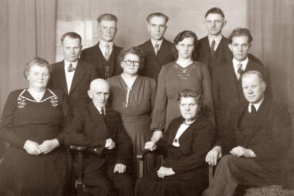 Jan Strating en Trijntje Wubs gezin
